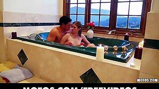 Genert Young Kæreste er talt i Gøre en Hjemmevideo med sin mand