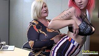 Oldnanny Angol Érett Leszbikus Maszturbáció