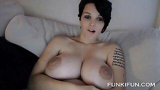 Lækker Teenager Big Sexy Boobs på Webcam