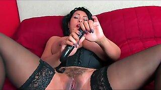 Donna_ambrose_collins_bed_vib.