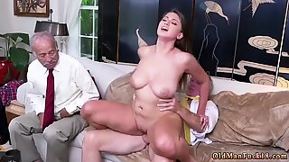 Old milf striptease Ivy impresses with her fat baps and ass - Ivy Rose