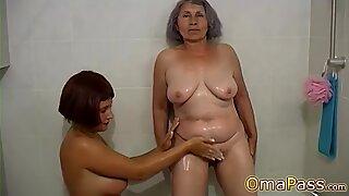 Omapass Amatör Mormor Samling med Sex Leksaker