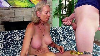 Gyllene slampa - äldre dam avsugning comp 3